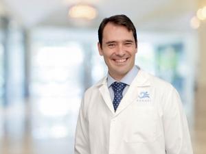 Dr. Pablo Sanz, traumatólogo especialistas en prótesis de cadera y rodilla