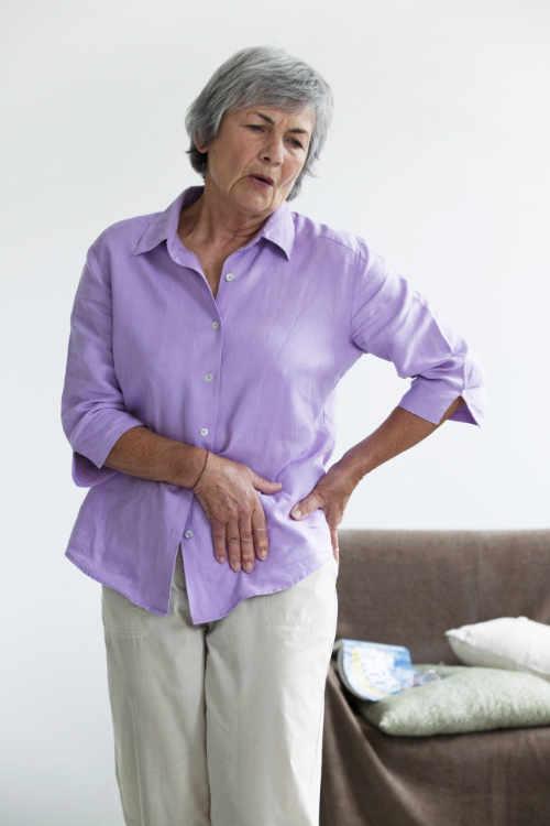 El dolor debido a la  artrosis de cadera se manifiesta principalmente a nivel de la ingle, en menor medida en la zona posterior de la cadera
